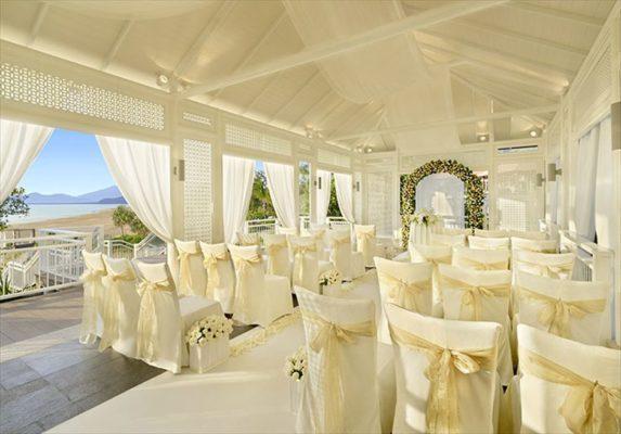 ダナン挙式・結婚式 バンヤン・ツリー・ランコー チャペルウェディング