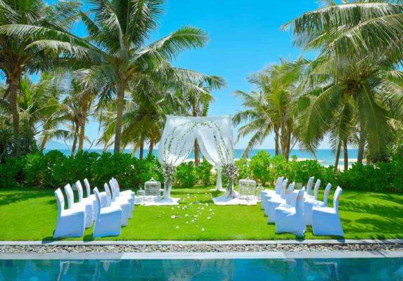 ダナン結婚式 ベトナム挙式 フュージョン・マイア・ダナン・挙式 ガーデンウェディング