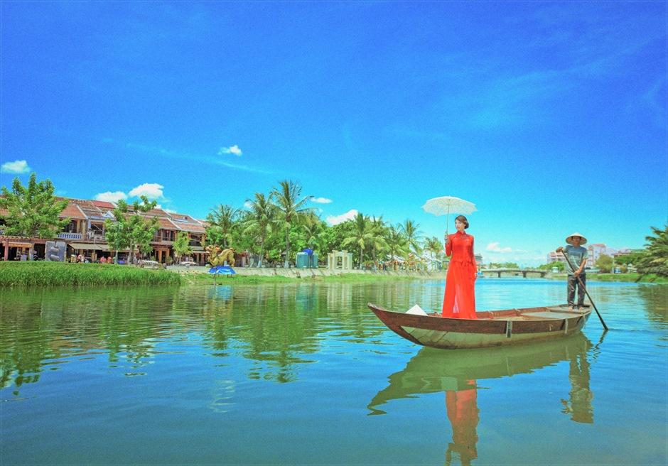 ベトナム・ホイアン・フォトウェディング/ Hoi An River Photo Wedding Ao Dai/ ホイアン・リバー/アオザイ