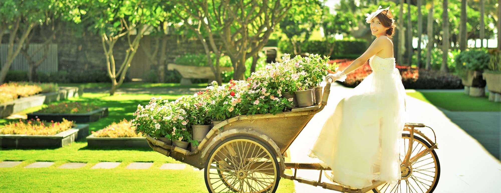 ベトナム・ダナン・ガーデンウェディング<br /> Naman Retreat Danang<br /> ナマン・リトリート・ガーデン挙式<br />