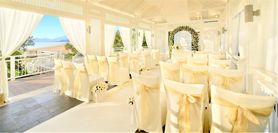Chapel & Looftop & Terrace Wedding