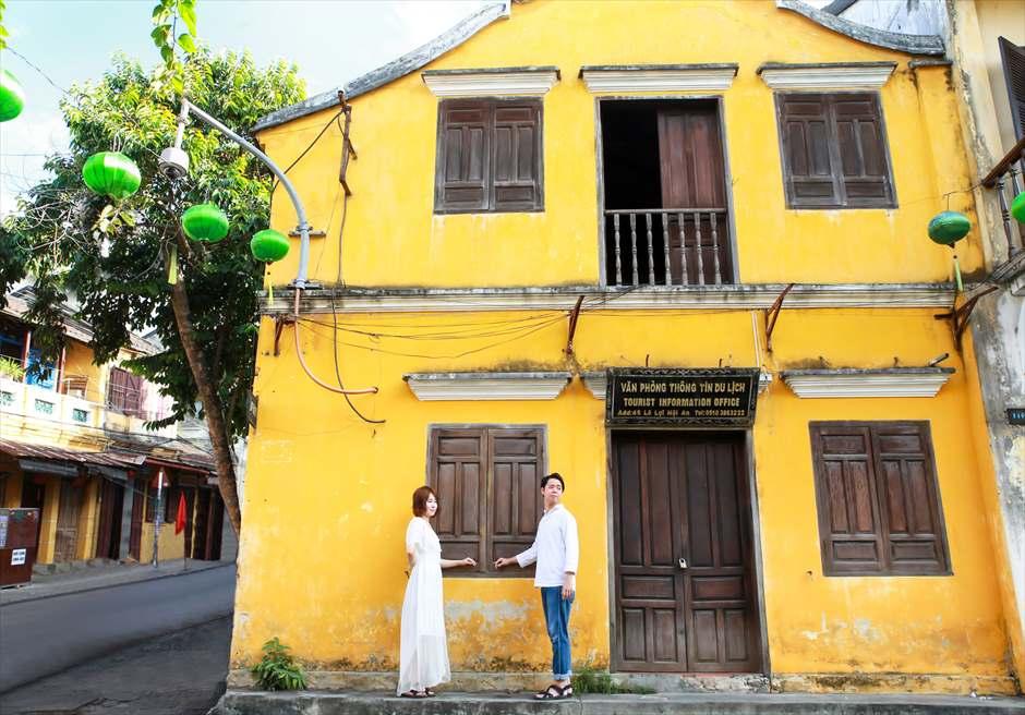 世界遺産ホイアン<br /> 旧市街伝統的なホイアンカラーの建物にて