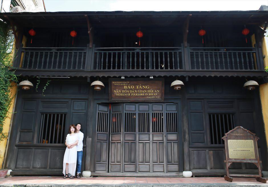 世界遺産ホイアン<br /> 旧市街伝統的なホイアン建築の建物にて