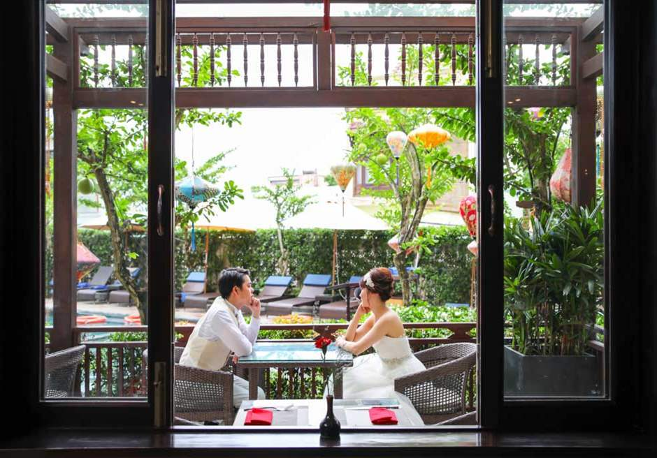 リトル・ビーチ・ホイアン・ブティック・ホテル<br /> リトルレストランにてフォトウェディング