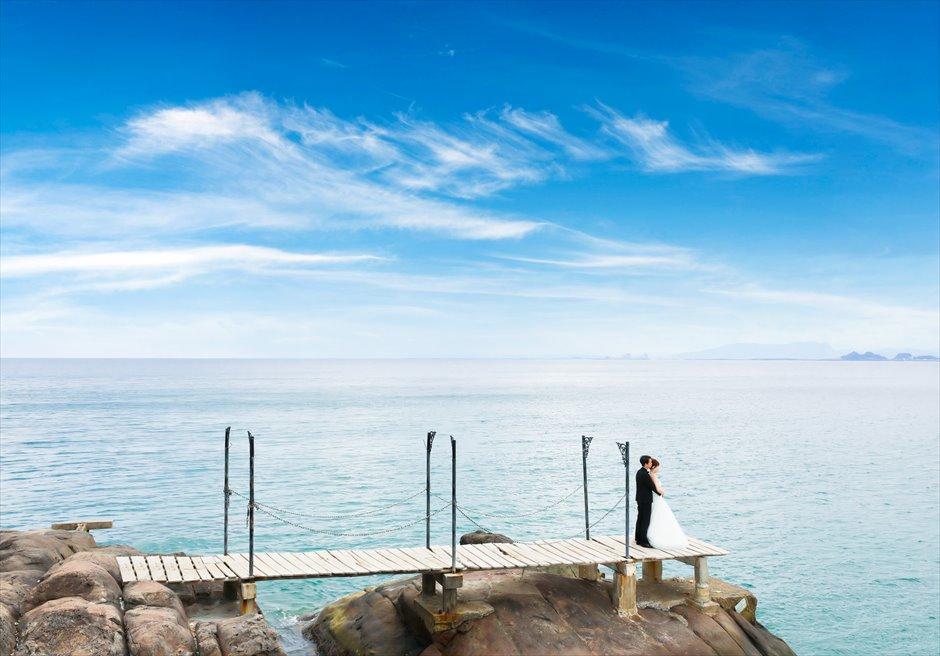 ソンチャ半島<br /> オバマビーチ奥の隠れ家ビーチにて<br /> フォトウェディング