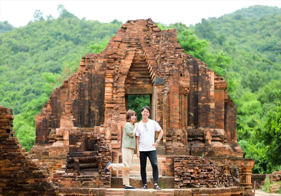世界遺産ミーソン遺跡<br /> 高台寺院にてフォトウェディング