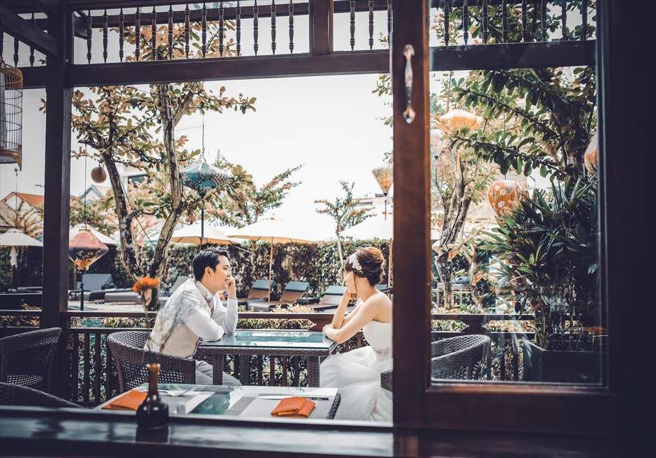 ザ・ビーチ・リトル・ブティック・ホテル<br /> ゆったりとした時間の流れるレストランにてフォトウェディング
