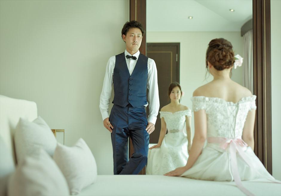 フュージョン・マイア・ダナン<br /> お泊りのヴィラ・ベッドルームにて<br /> 挙式前撮り撮影