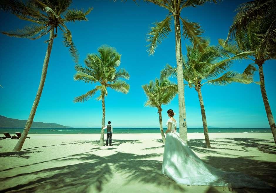 プレミア・ヴィレッジ・ダナン・リゾート<br /> 熱帯雨林の生い茂るビーチにてフォトウェディング