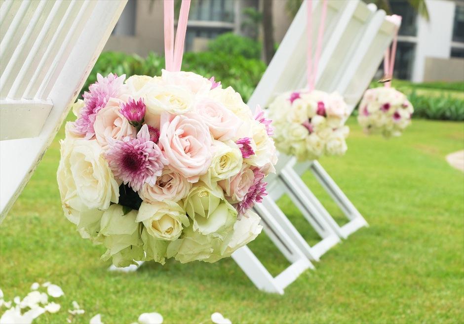 ハイアット・リージェンシー・ダナン<br>チェア生花装飾も贅沢に