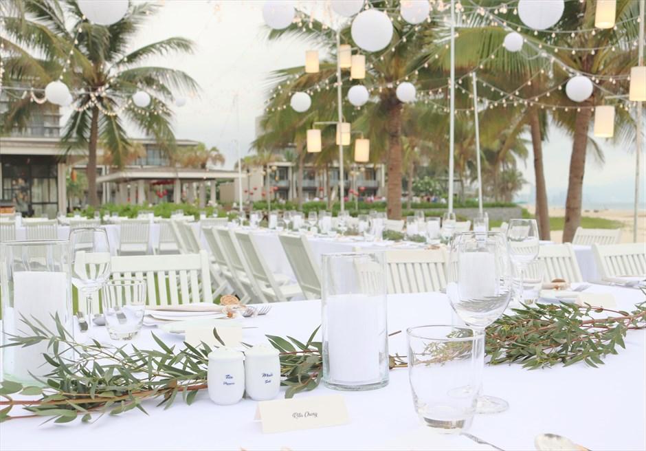 ハイアット・リージェンシー・ダナン<br>ガーデンパーティーキャンドル&グリーン装飾