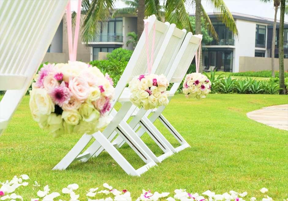 ハイアット・リージェンシー・ダナン<br/>チェア生花装飾も贅沢に