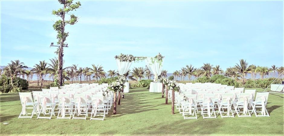 Furama Resort Danang Ariyana Garden