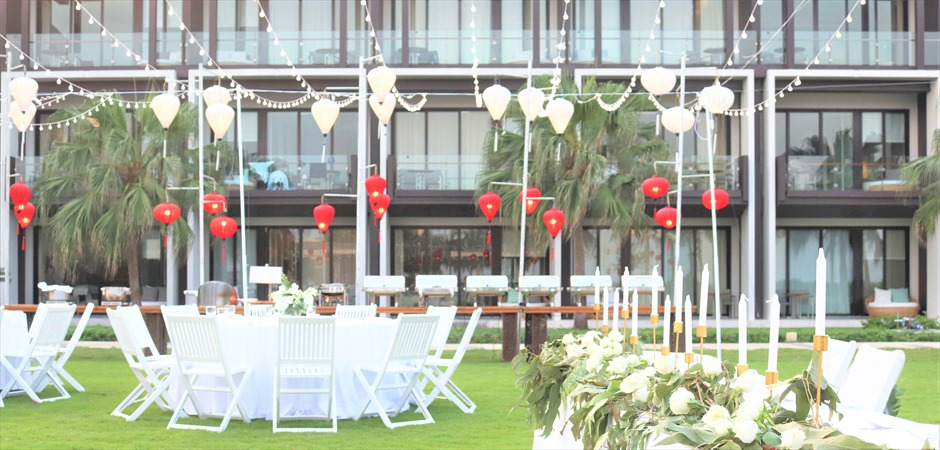 Hyatt Regency Danang Resort Bright flowers Wedding at Palm Garden